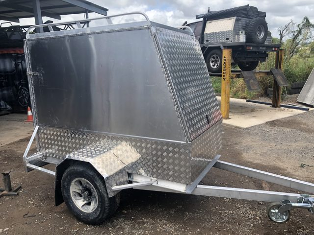 Custom Fabrication Of Aluminium Caged Trailers