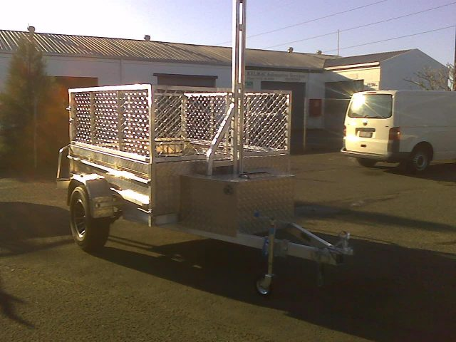 tip8 Caged Trailers